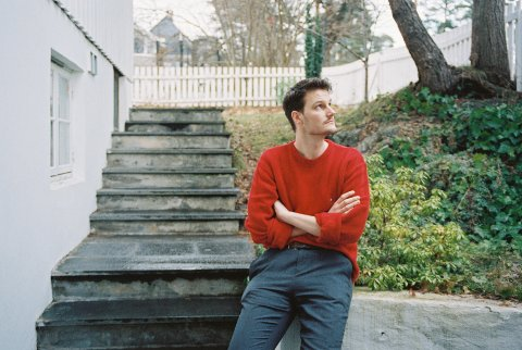 Espen Langseth Folkestad, under artistnavnet That Guy Espen har brukt et vondt og vanskelig år som inspirasjon i arbeidet med sin første soloplate.