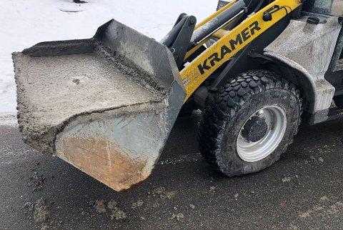 Kontrollørene fra Statens vegvesen ble ikke imponert over denne sjåførens kreative løsning.