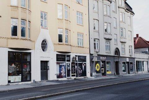Tom Ketil Krogstad driver flere erotikkbutikker. Blant annet Club4Shop i Innherredsveien i Trondheim.. FOTO: Therese Alice Sanne