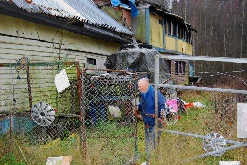 OLE-BJØRN: Et av de siste bildene tatt av Ole-Bjørn ved huset hans ved Ljanselva.