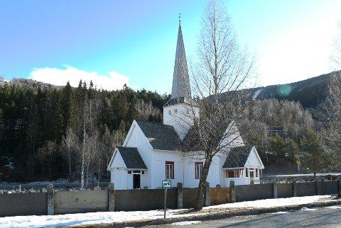 Dugnadsdagen utgår for kirkene i Sel. Det bli satt ut containere ved kirkegårdene på Selsverket og Nord-Sel. Illustrasjonsfoto: Ida Lindsø Tho