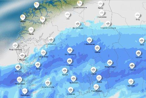 SLIK: Meteorologisk institutt illustrerer regnet som passerer over Innlandet tirsdag slik. Jo mørkere fargere, jo mer nedbør.