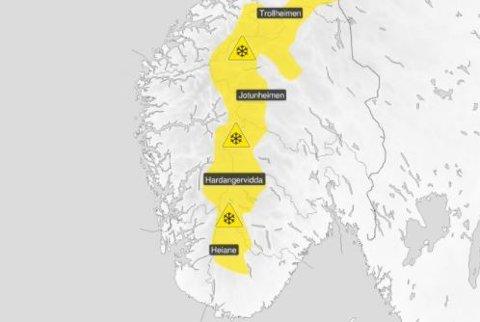 Det ventes snøfokk i fjellet i Sør-Norge tirsdag ettermiddag.