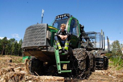 SKOGBRUK: Mats Gjone har lyst til å kjøre maskiner i skogen på videregående til høsten