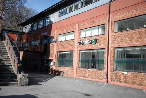 Enkelte medlemmer ved Family Sports Club Larvik vil motta en SMS med oppfordring om å teste seg for korona i løpet av kvelden.