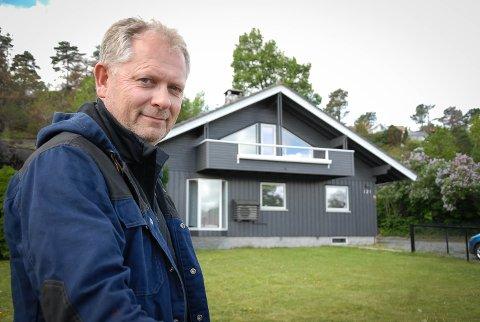 GOD FORRETNINGSIDE: Thor Johansen leier ut en enebolig i Stavern hele året, men tjener mest på å leie ut til sommerturister.