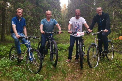 NYTT RITT: Kristian Larsen (til venstre), Edgar Kristiansen, Ingar Kristiansen og Erlend Olsen er klare til å ta imot syklistene til den første utgaven av Trysil-Knut rittet.