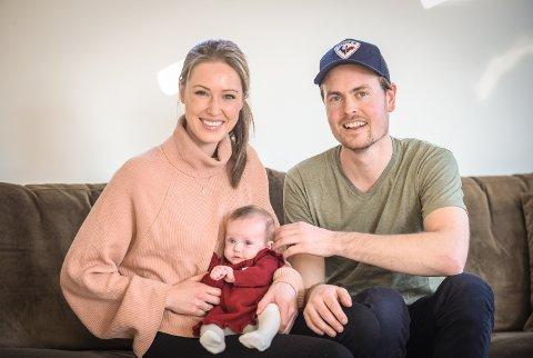 Helene og Dag Erik Kokkin opplevd sitt livs verste mareritt og sin livs største glede da Ylva ble født. Under den premature fødselen, 17 uker for tidlig, døde tvillingsøsteren Saga.