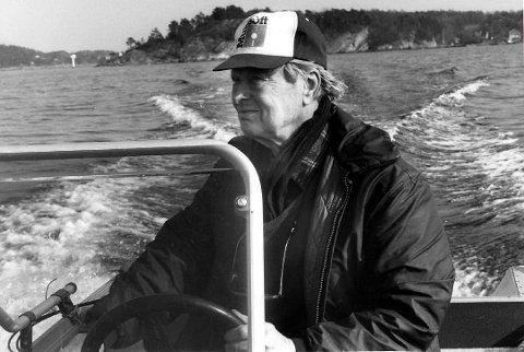 Hans Otto Meyer døde i 2002. Dette bildet er tatt i 1990 da PDs Geir Fragell var med på båttur i Langesund-skjærgården.