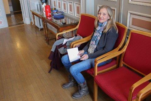 Kommuneoverlege Inge Skauen sier de venter svar på flere corona-prøver tatt av innbyggere i Porsgrunn.