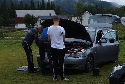 FIKK HJELP: Reidar Løkken fikk god hjelp til å få tak i ny vannpumpe til bilen. Foto: Privat.
