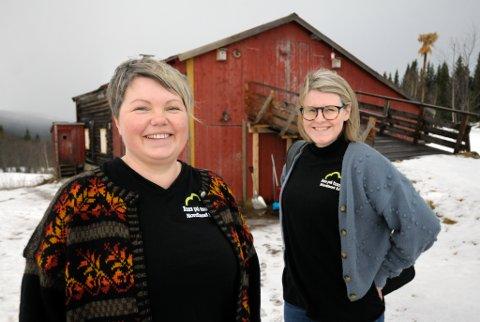 Silja Storvoll og Maja Sætermo vil ha flere inn på tunet,og de legger gjerne til rette med skreddersydde prosjektet knyttet opp mot velferdstjenester.