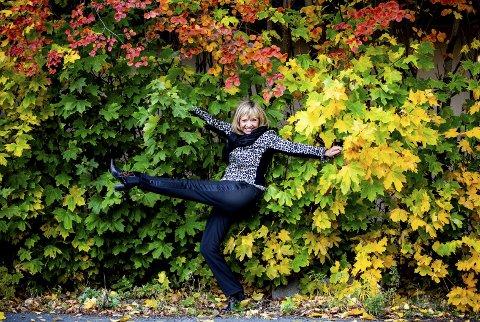 DanseTrine: På lørdag skal Trine Dehli Cleve ut på parketten og danse. hun har vært dommer i 14 sesonger og forteller at hver sesong har sine personligheter. – Men rent dansemessig var fjorårets sesong spesiell. Alle var flinke til å danse. Da fem par gjensto tenkte vi at hvem som helst kan vinne. foto: Tom Gustavsen