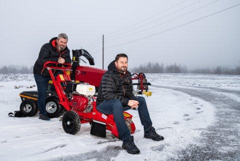 SATSER: Geir Bentestuen (t.v.) og Kaare Martin Grasmo etablerte Faunus Maskiner AS etter mange år som vanlige lønnsmottakere i fast jobb.