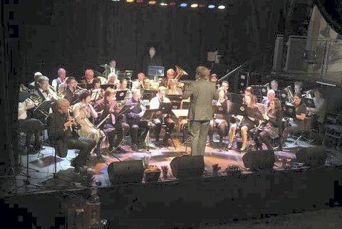 HØSTKLARE: Slemmestad Ungdomskorps er klar med årets høstkonsert som i år er en hyllest til komponisten Leroy Anderson.