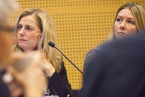 PÅPASSELIGE: Ordfører Monica Vee Bratlie (t.v.) og varaordfører Else Marie Rødby ville ha presiseringer i uttalelsen om fylkets regionalplan for areal og transport.