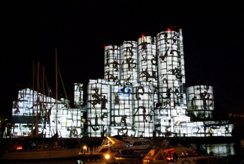 NYTT LYS: Alt er på plass til den sjette lysfestivalen i Slemmestad. Hva årets festival bringer vet vi ikke, men dette bilde er hentet fra 2014. Arkivfoto: Per D. Zaring