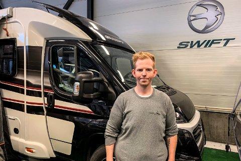 BOBILER: Tor Erik Wang er deleier og salgssjef i Northern Miles Bobil og Fritid i Råde.