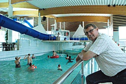 Spent på juli: Daglig leder Daglig leder David Koht Norbye får ros for Østfoldbadets gode, økonomiske resultater