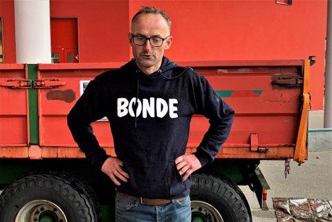 SKUFFA OG PROVOSERT: Anders Felde er leiar i Vestland bondelag. Han er skuffa over at tilbodet på 962 millionar blir ståande.