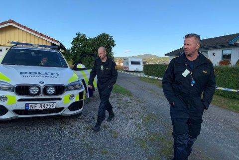 ETTERFORSKES: Hjemmeranet på Bjørntvedt i Skien er fortsatt under etterforskning. Politiets krimteknikere jobbet med å sikre spor på åstedet i flere dager.