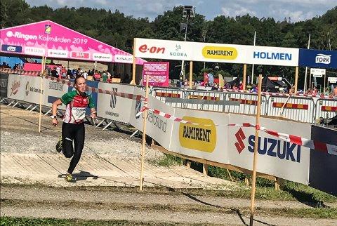 VANT: Synne Sandven fra Notodden O-lag vant 14-årsklassen under O-ringen i Sverige. En fantastisk prestasjon i kamp mot god internasjonal deltakelse.