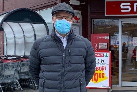 PÅBUDT: Fra natt til torsdag er det påbudt med munnbind også i Hjartdal, opplyser ordfører Bengt Halvard Odden.