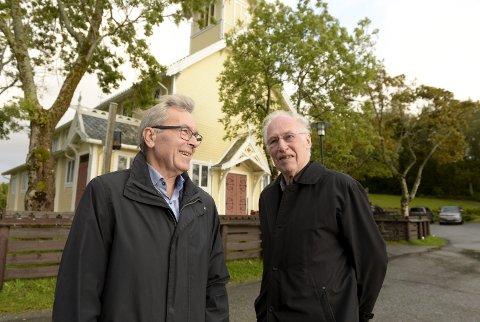 Forlater brua: Peder A. Rensvik overlater roret til andre krefter etter 20 år med KKKK. Styreleder Einar Solbu (til venstre) forsikrer at det fortsatt skal være stø kurs. Foto: Eilif Odde