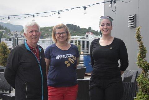 Her ser du: Brygger og eier av Crave Cave Brewery, Robert J. Giske, daglig leder og eier av Hasseltun Honning, Kari-Anne Thygesen og hovmester og barsjef ved Bryggekanten Brasserie, Solfrid Ormbostad.