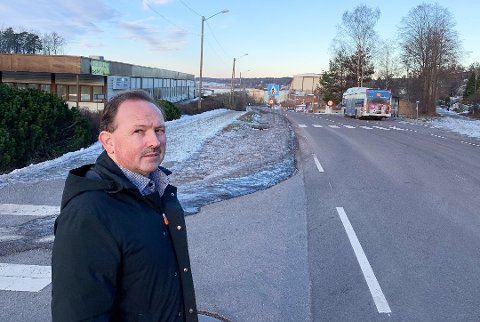 IMOT BRO: Jan Petter Andersen mener både hensynet til trafikkavvikling, boligområder og næringslivet tilsier at tunnelløsningen burde vært valgt.