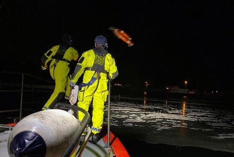 Tirsdag ettermiddag ble redningsskøyta kalt ut til barn på isen utenfor Nøtterøy. Senere på kvelden gjennomførte de en lignende øvelse.
