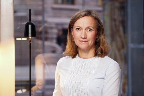 konserndirektør for Schibsted News Media, Siv Juvik Tveitnes, er lei seg for at løsningen, som ledelsen i Schibsted går inn, får konsekvenser for mange mennesker og familier.