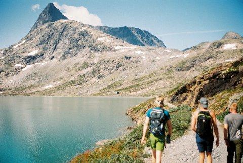 På vandring: Med arrangementet Ferdamini vil Vinjerock lokke folk til fjells for å skape minner med musikk- og naturopplevelser også denne virusprega, annerledessommeren når det ikke blir festival på Eidsbugarden.