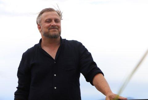 Dag Tjersland ved Signalen sjøbad gleder seg til konsertene på taket denne sommer. Først kommer Magnus Grønneberg, tett fulgt av Stein Torleif Bjella og Frode Alnæs.