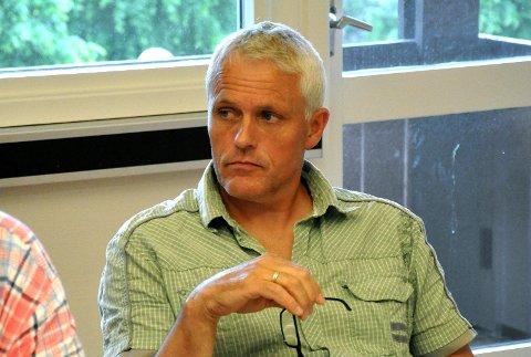 ÅPNE DØRER: Egil Netland (KrF) ville ikke kreve lukkede dører ved forkynning på skoler.