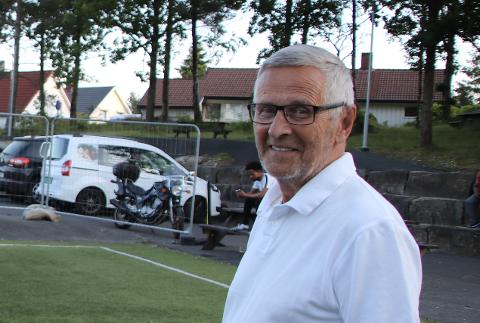 LEDER STYRET:  Lokalpolitiker og leder Reidar Gausdal av Flekkefjord verneområdestyre vil å ta opp forslag om utvidet båndtvang som tema på møte i verneområdestyret i august. Han ønsker å legge press på kommunen i denne saken.