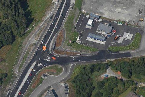 DAGENS KRYSS: Alver Høgre vil ha på plass intelligente trafikklys for å betra trafikkflyten på E39.