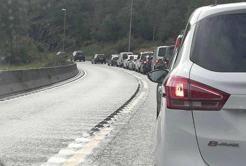 Det gikk fullstendig i stampe forrige lørdag. Her er trafikken ved Krokås.