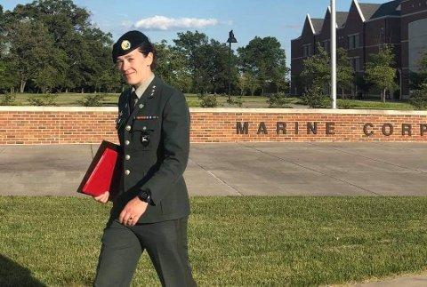 Silje Johansen Willassen (35) fra Bodø har tatt militærutdanning i USA.