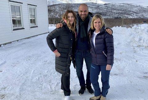 Marco Elsafadi, Therese Nielsen og Aina Sollie Steen har ledet programmet «Brente minner», som går på TV 2 utover høsten.