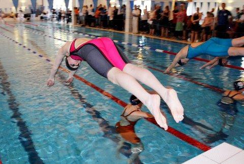 MANGLER STYRE: Modum svømmeklubb, som blant annet arrangerer Modumsvøm, har ikke fått på plass et styre snaut to uker før årsmøtet.