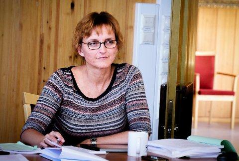 Rådmann Aud Norunn Strand er fornøyd med at sykefraværet har gått ned med 0,9 prosent i løpet av et år i Modum kommune.