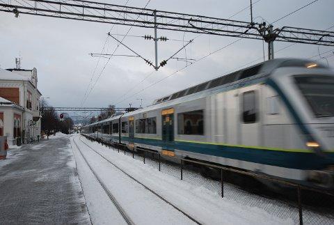 UTBYGGING: Flere boliger vil bli berørt av utbygging av Hokksund stasjon.