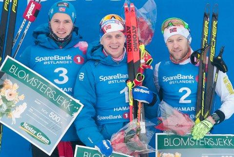 SØLVSKRELL: Per Kristian Nygård fra Vestre Spone (t.h.) leverte et kjempeløp da han tok sølv på 15 kilometer friteknikk bak Simen Hegstad Kruger og foran Daniel Stock.