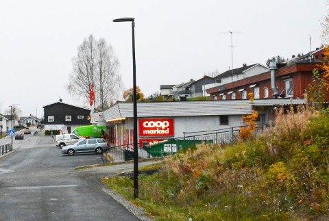 STENGT: Nå er Coop-butikken på Krøderen stengt. Den nye butikken skal etter planen stå ferdig i mai.