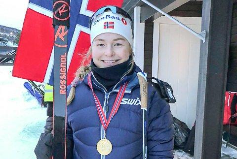 GULLJENTE: Hedda Thoresen Bolstad tok NM-gull på normaldistanseN på Dombås.