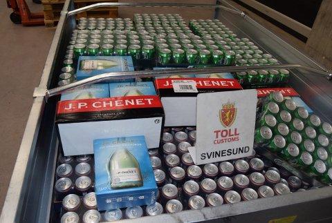 Både tilhengere og biler ble fylt opp med alkohol.