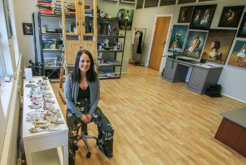 Nytt verksted: Yvonne Jeanette Karlsen har flyttet til NTP, med lysere lokaler og  eget kursrom.