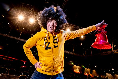 Dansefest: Jon Häckert inviterer til «Back to the 90s» på City Scene 15. desember. Finn frem hettegenseren!