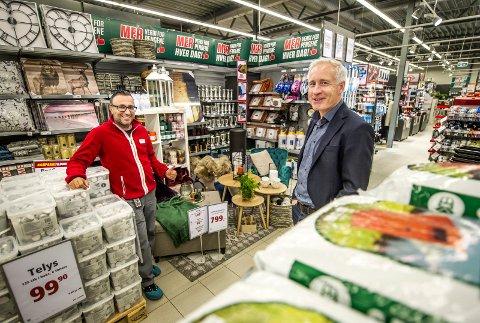 Milliardbedrift: Europris omsatte for 5,4 milliarder kroner i 2017. Økonomidirektør i Europris, Espen Eldal (46, t.h.), forteller at kjeden planlegger å åpne mange nye butikker framover. Her er han sammen med butikksjef på Europris Ørebekk, Sami Mikhail.